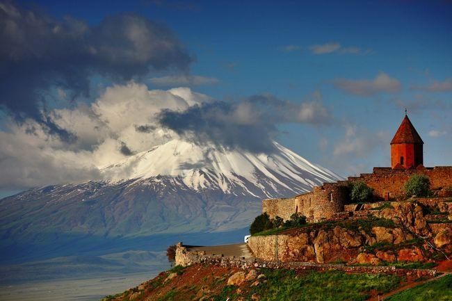 Топ-10: дивні і незвичайні пам`ятки в вірменії