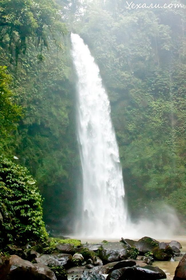 Пам`ятки Балі: водоспад Нунг-нунг