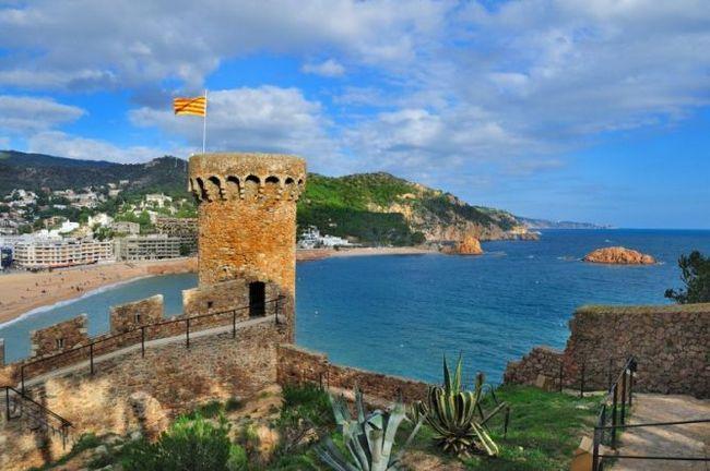 Тосса-де-мар (каталонія, іспанія) - курортне місто в провінції жірона (узбережжі коста-брава)