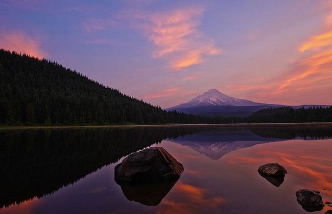 Триллиум (Trillium Lake), озеро в Орегоні, США