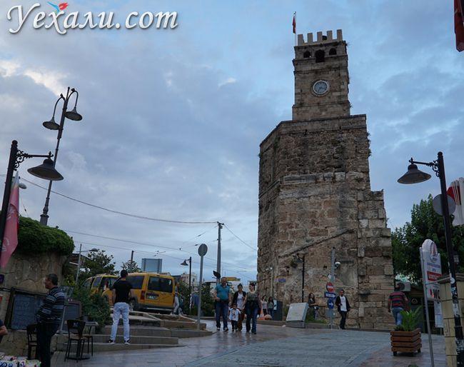 Годинникова вежа в Калєїчи