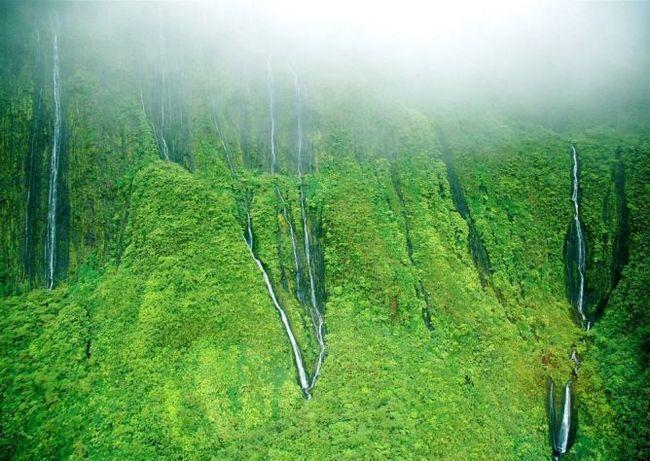 Водоспад хонокохау (honokohau falls), мауї (гаваї, сша)