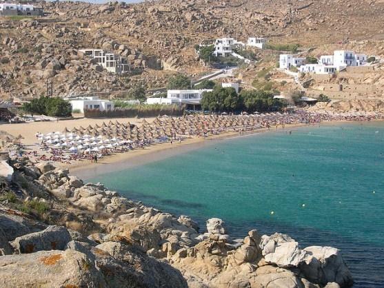 Знамениті нудистські пляжі греції